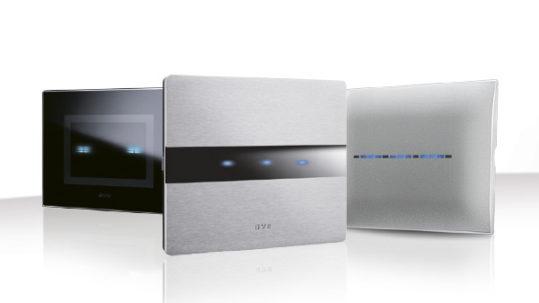 Alluminio, vetro e tecnopolimero: il sistema touch di AVE si fa in tre