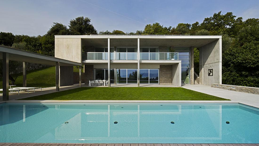 Elegante villa domotica AVE sul Garda