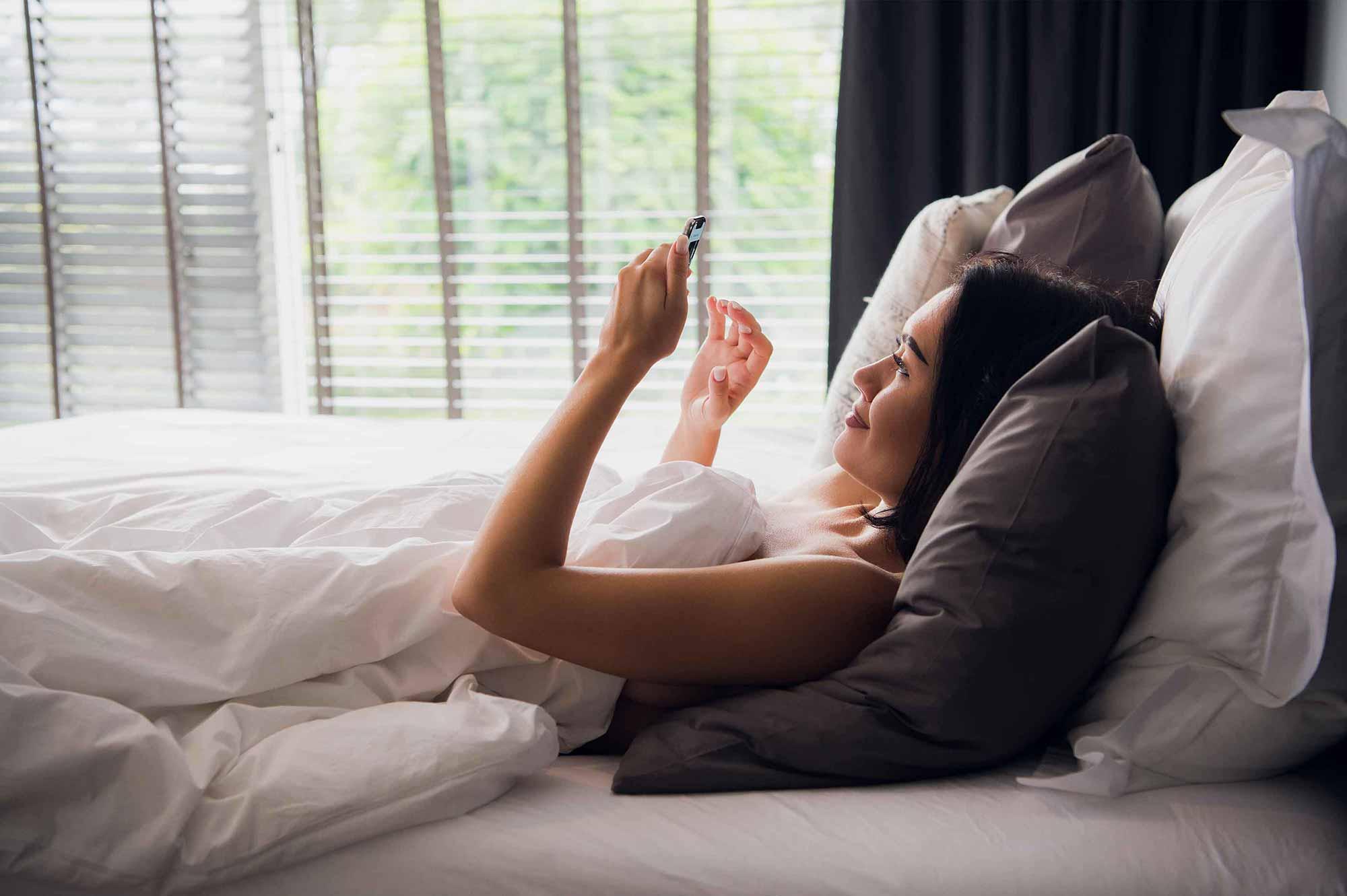 Gestisci la tua casa da telefono e Smart Speaker