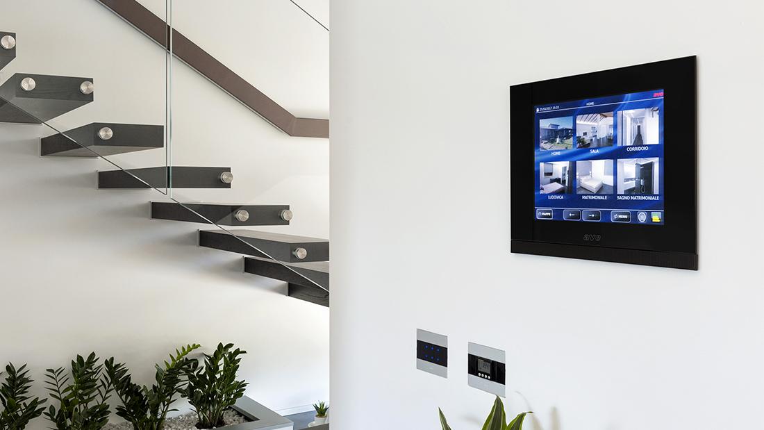 Smart home: infinite possibilità di automazione e gestione con la domotica IoT ready DOMINA plus